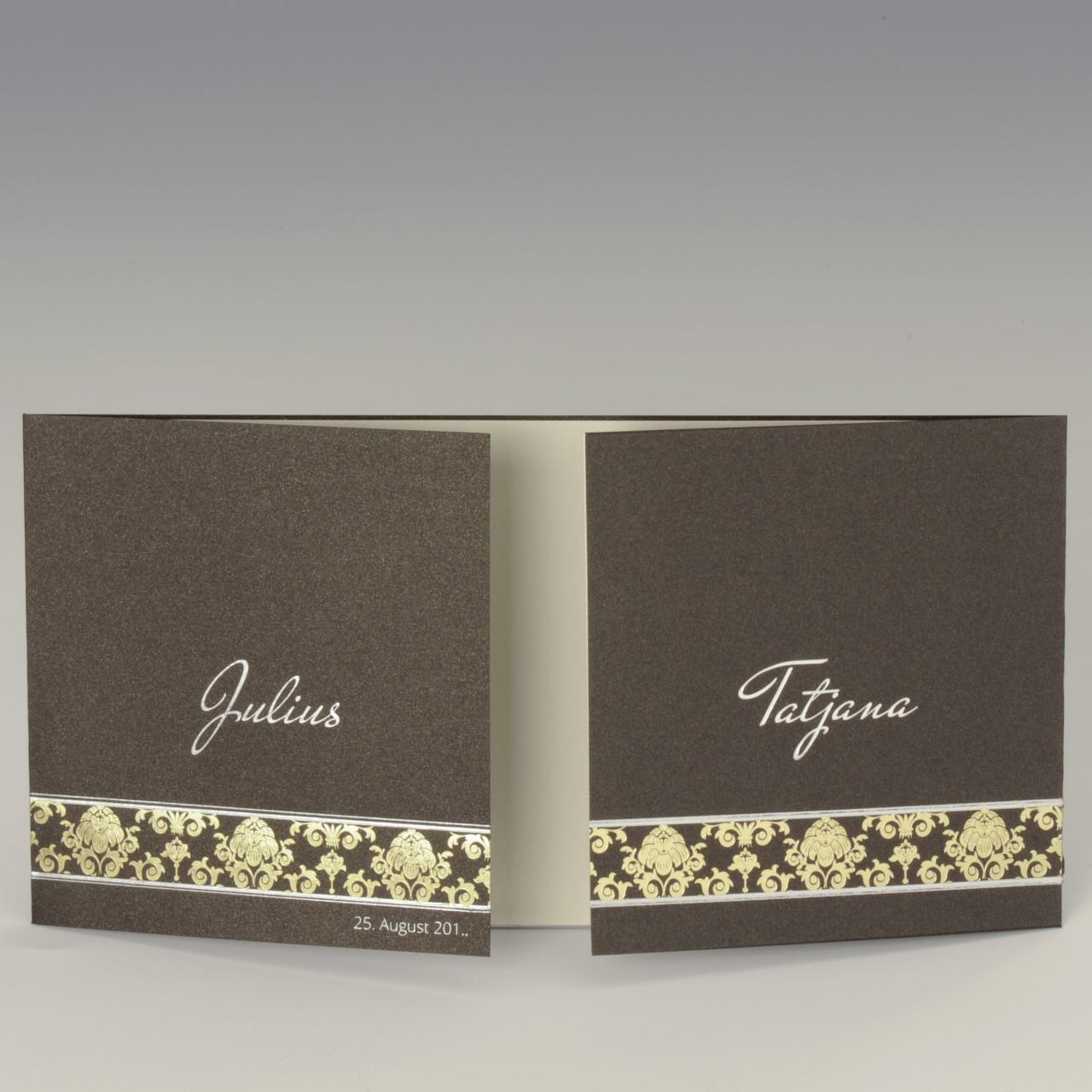 Braune glänzende Karte mit  Folienprägung auf der Vorderseite <b> Folienprägung (Namen) bereits im Preis inbegriffen! </b>