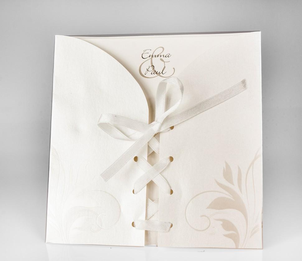 Einladungskarte in Brautkleid-Optik
