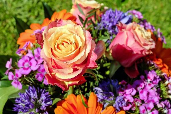 bouquet-2293761_1280_preview