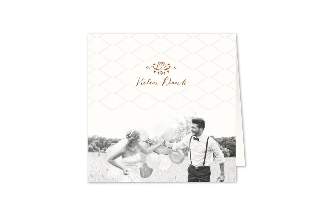 """Time to say ,Danke"""": mit der Dankkarte Fotodruck bleibt den Gästen ihre Hochzeitsfeierlichkeit noch lange gerne im Gedächtnis. Jetzt online bestellen."""
