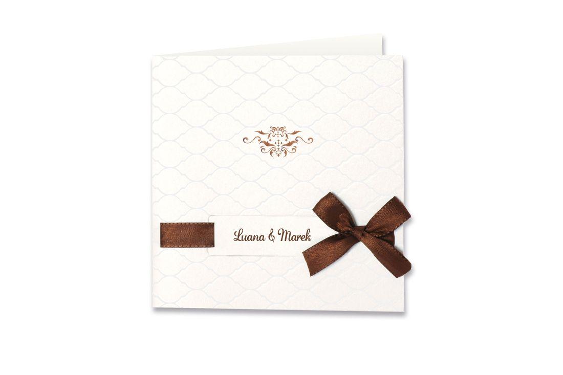 Die Hochzeitskarte braune Schleife, damit Ihr Tag zur Traumhochzeit wird. Mit Charm und modischer Schnittführung überzeugt diese Einladungskarte.