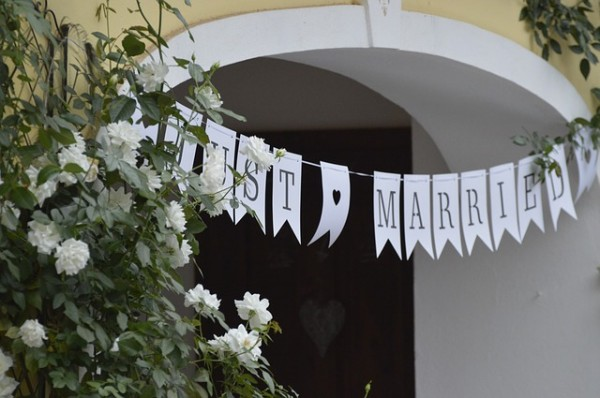 wedding-2791938_640